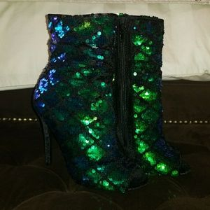 Shoes - Multicolored booties
